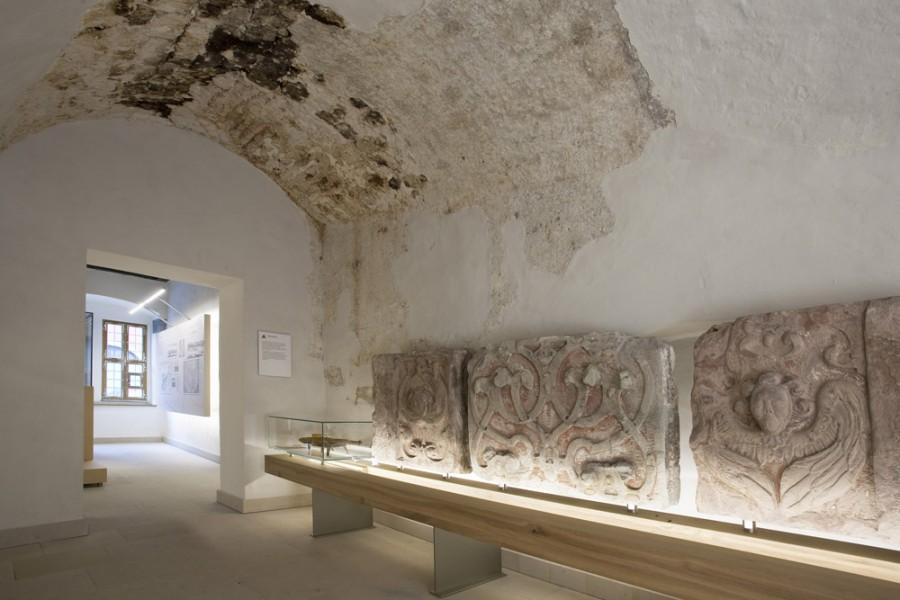 heinrich sch tz haus wei enfels museum. Black Bedroom Furniture Sets. Home Design Ideas