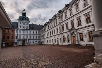 Heinrich-Schütz-Haus Weißenfels | Schütz? Kann weg!
